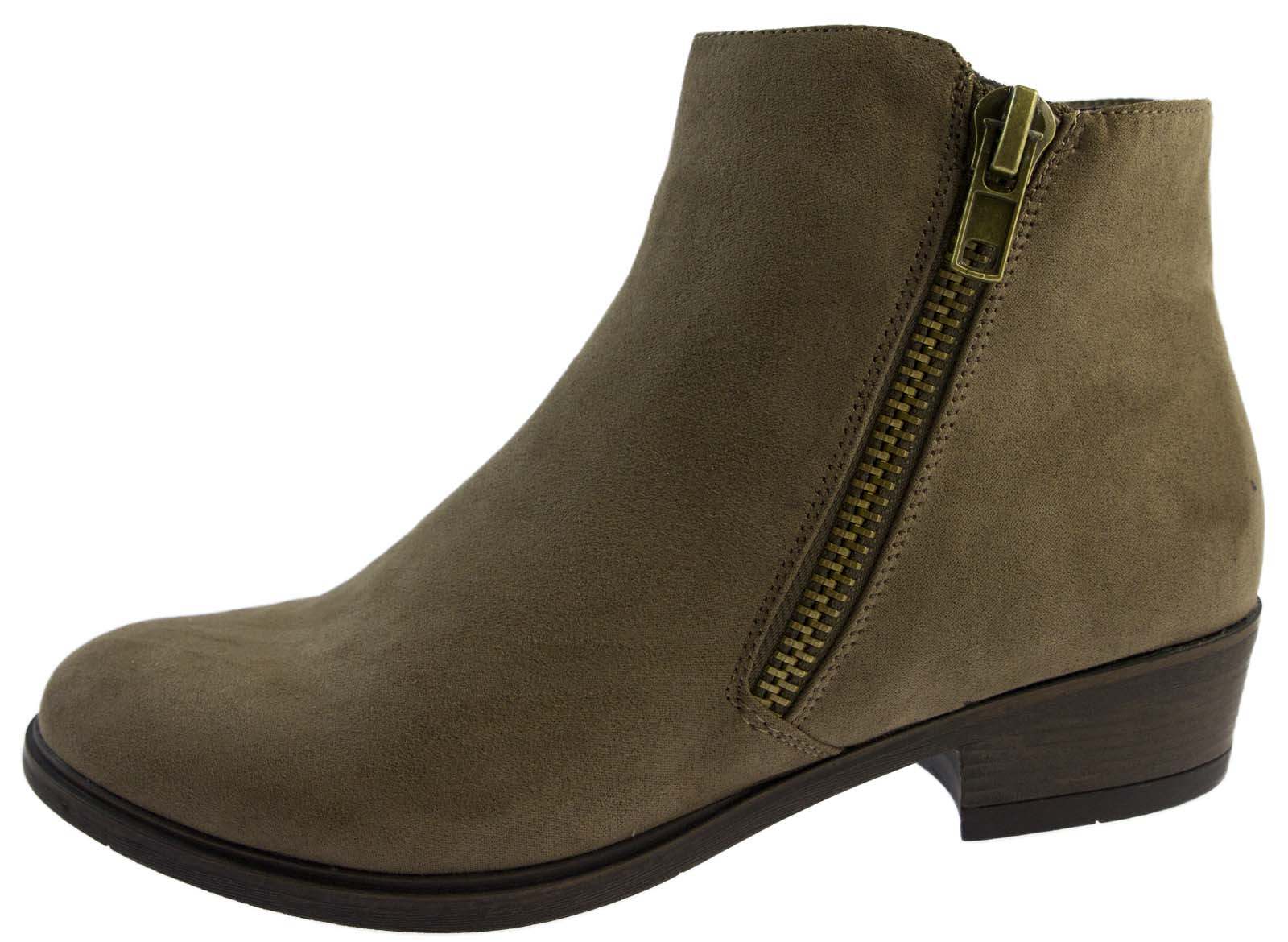Shop women's made in italy shoes at dolcehouse.ml Discover a stylish selection of the latest brand name and designer fashions all at a great value. Made In Italy High Heel Suede Booties. Made In Italy Leather Low Chelsea Booties.